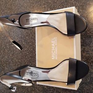 MICHAEL Michael Kors Women's Kristen Mid Ankle